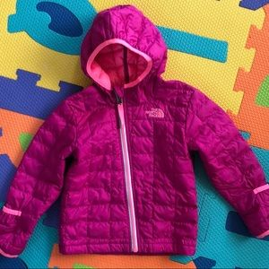 The north face thermoball kids jacket 18-24M
